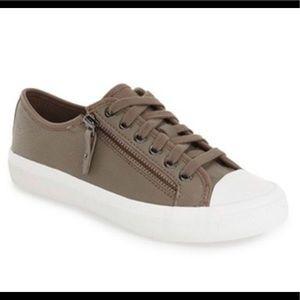 Coach Empire Zipper Sneaker